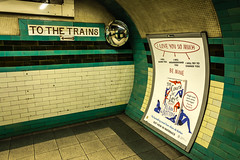 L1000667-2.jpg (kp-snaps) Tags: londonunderground thetube england london russellsquarestation tube piccadillyline underground uk tfl