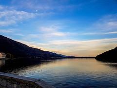 Lago di Mergozzo  #borghitalia #belpaese #piemonte #lago #mergozzo #landscape #landscapephotography #panorama #paesaggioitaliano #lake #tramonto #sunset