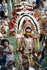 28-109 (ndpa / s. lundeen, archivist) Tags: man color men film face festival fiji 35mm necklace costume clothing ribbons audience drum traditional nick feathers culture makeup andrew suva southpacific drummer warrior warriors 28 tradition 1970s facepaint spectators performers performer 1972 necklaces spear headdress onlookers dewolf oceania fijian pacificartsfestival pacificislands headdresses kape festivalofpacificarts southpacificislands nickdewolf mekeo photographbynickdewolf festpac pacificislandculture southpacificfestival reel28 southpacificartsfestival akape inawaia southpacificfestivalofarts fiji72