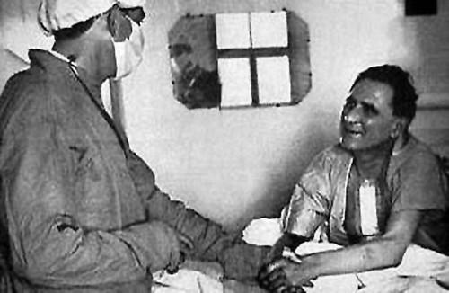 Christiaan Barnard and the recipient of the first human heart transplant  Louis Washkansky