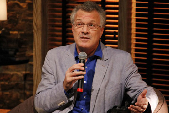 """""""Nunca levei crítica nenhuma com tranquilidade"""", diz Pedro Bial"""