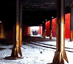 Chicago Tribune Plant (Nurvon Media) Tags: winter snow chicago spur 2007 chicagotribune tankcars