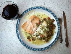 #Salmon and #Chianti (Σταύρος) Tags: salmondinner lunch wine redwine fish wineglass wineglasses salmon chianti fork knife foodie chianticlassico iphone iphone6 takenwithaniphone telephone cellphone cell phone gps iphone6capture iphonecapture backcamera mobilephone appleiphone apple
