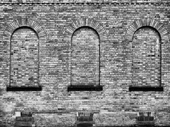 Three of a kind (The Real Masters) Tags: cuppacapture repetition york monochrome