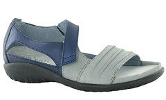 "Naot Papaki sandal grey • <a style=""font-size:0.8em;"" href=""http://www.flickr.com/photos/65413117@N03/32544985041/"" target=""_blank"">View on Flickr</a>"