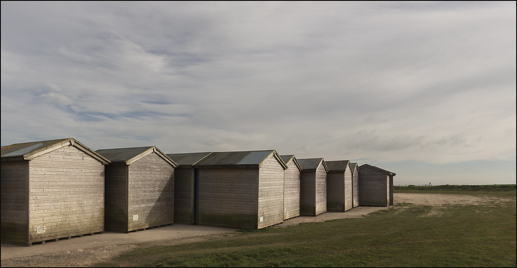 Beach hut cluster above Joss Bay (bd26 2/07)