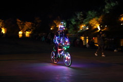 IMG_1880 (Ethene Lin) Tags: 碧潭 新店 燈飾 腳踏車 夜景