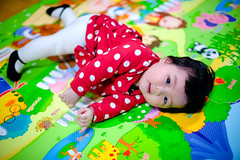 翻滾吧QUEENIE (Terence Wu) Tags: 喜攝 小吳 台灣 taiwan terence 坤霓 nikon nikkor50mmf14d 寶寶照 csir 兒童寫真 米妮裝 六個月 queenie