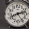 budzik 2 (Kamcia666) Tags: clock studio zdjęcie oświetlenie budzik fotobalans