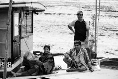 _RDP7847.jpg (DEARTH !) Tags: culture mekong laos southeastasia blackandwhite lao dearth locals slowboat mekongriver travel sainyabuliprovince la
