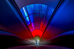 color tube (Blende1.8) Tags: tube röhre rolltreppe escalator blue blau red rot autostadt color colour colours colors farbig vivid architecture architektur indoor interior audi sony alpha ilce7m2 zeiss variotessar16354za a7m2 a7ii carstenheyer wolfsburg