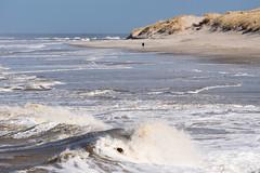 Winter Beach Walk (martinstelbrink) Tags: baltrum insel island nordsee northsea germany niedersachsen lowersaxony sony alpha77ii a77m2 a77ii sigma120400mmf4556 sigma tele wellen waves surf brandung beach strand dünen dunes walker walking spaziergänger spaziergang