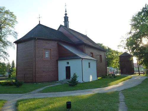 Kościół św. Wawrzyńca w Gliniance od północnego wschodu