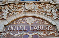 Hotel Carlos & the shooting of Cubs player Billy Jurges. (Cragin Spring) Tags: city urban usa chicago building hotel illinois midwest unitedstates baseball terracotta unitedstatesofamerica entrance chitown carlos il crime northside shooting cubs wrigleyville chicagoillinois chicagoil ballplayer forgottenchicago hotelcarlos billyjurges