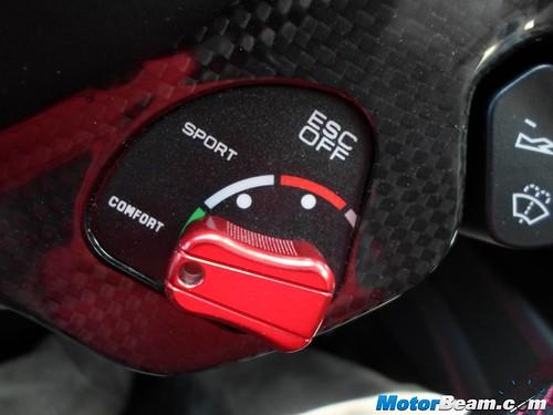 2015-Ferrari-California-T-27
