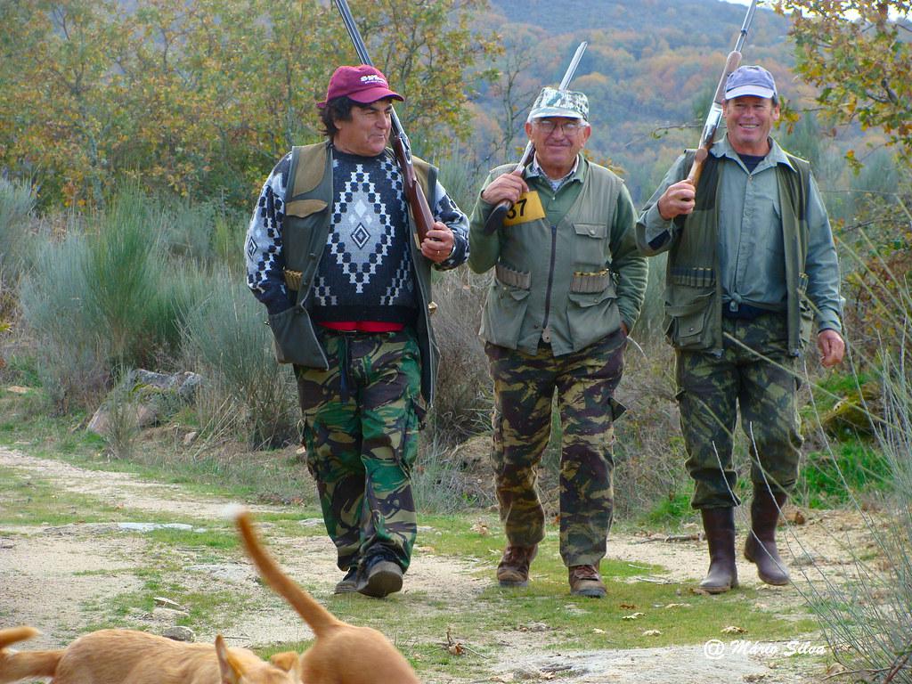 Águas Frias (Chaves) - ... caçadores ... (2010)