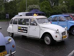 cm46 (azu250) Tags: 2005 car utrecht citroen bob meeting treffen rencontre hallen veemarkt citromobile bobtocht