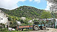 Castel di Sasso (Massimiliano Mauriello) Tags: casteldisasso trattore provinciadicaserta