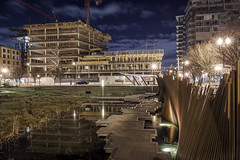 Tanner Springs Park (Randy Kashka) Tags: downtown pdx portland night tanner springs park pearl district northwest cosmopolitan construction photography