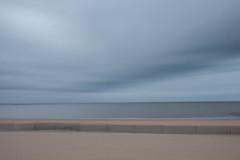 Rêve (pi3rreo) Tags: plage beach mer sea fujinon fijifilm xe2 chatelaillon charentemaritime poitou abstract abstrait sand sable bleu blue ciel sky