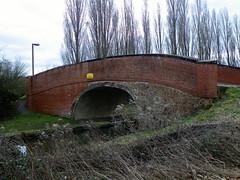 GOC Milton Keynes 003: Grand Union Canal (Peter O'Connor aka anemoneprojectors) Tags: 2017 bridge buckinghamshire canal england gayoutdoorclub goc gocmiltonkeynes gocmk grandunioncanal greatlinford kodakeasysharez981 miltonkeynes mkgoc outdoor water z981 kodak uk