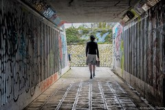 Le Passage. (musette thierry) Tags: musette thierry street rue tunnel composition personne mars nikon march