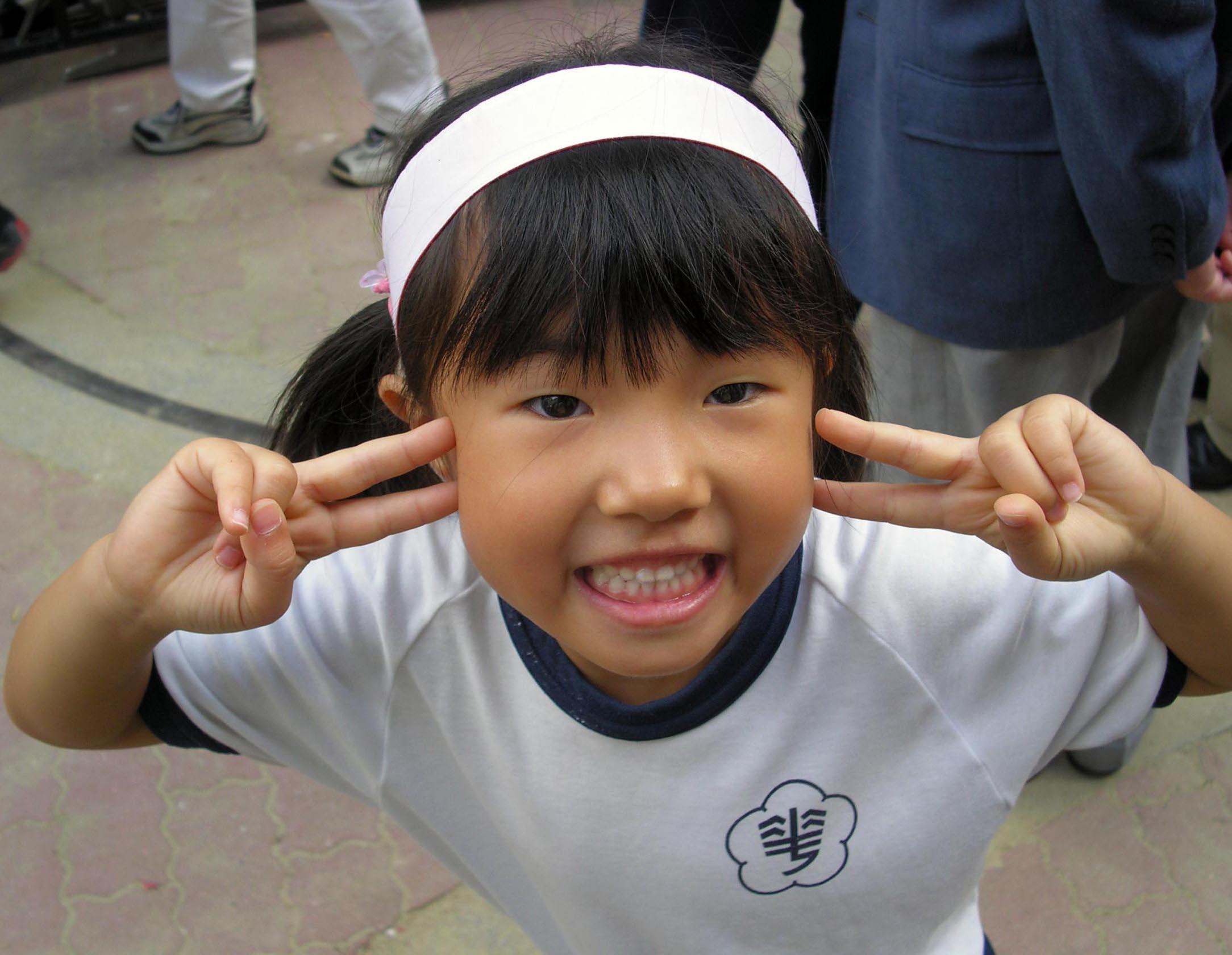 女学生や少女の顔アップ画像YouTube動画>4本 ->画像>898枚