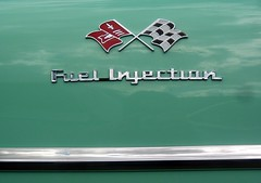 Fuel Injection (Paul L Dineen) Tags: green car emblem colorado flag fortcollins event transportation carshow checkeredflag silvergrillcarshow2006 transpportation smnotchecked