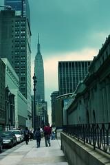 Nifty Sky Threatening to Pour (moriza) Tags: city nyc newyorkcity sky newyork buildings cloudy mo midtown sidewalk empirestate tall bigapple mohammad uspostal 916 moriza riza 33rdstreet indonesianphotobloggers modomatic modostreet