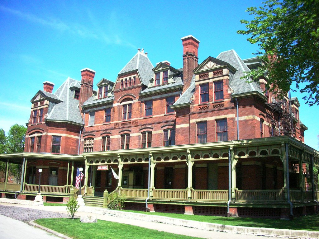Hotel Florence, Pullman District