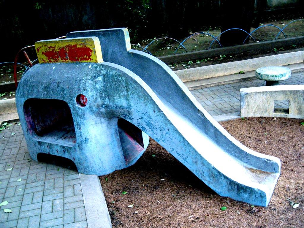 elepaht slide