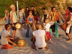 Connection - young and old come together (Iveta) Tags: summer people hippies drums spain sommer chilling ibiza lovepeace eivissa connection spanien trommeln iveta calabenirras byiveta
