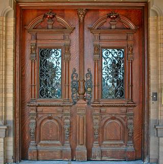 Pabst Door