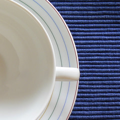 What's about breakfast? (*Christiane*) Tags: china blue food white cup tasse breakfast essen colours plate cotton dishes blau teller farben frhstck porzellan geschirr baumwolle mahlzeit wei