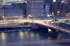 Smithfield Street Bridge, Pittsburgh (#2) (Trance-Elbow) Tags: bridge usa blur cars film water america canon river boat movement pittsburgh pennsylvania fluid transparency lighttrails mountwashington traffictrails monogahela eos10 boattrails tranceelbow
