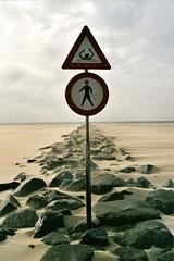 Marine danger zone! (monika & manfred) Tags: holland danger sand signpost mm texel niederlande msh0307 theinterestingest msh03073 msh0408 msh040819 hc1108 hc11086 hc040911 hc0409 hc0910 hc09109