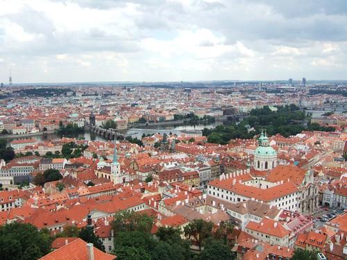 從聖維圖斯大教堂俯瞰布拉格
