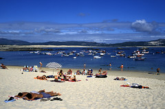 F-0054.jpg (Alex Segre) Tags: ocean sea vacation people holiday beach boats coast seaside fishing spain village waterfront view sandy scenic sunny tourists atlantic galicia leisure recreation sunbathing holidaymakers corrubedo alexsegre