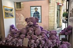 Aix en Provence (salvatore zizi) Tags: old people en france streets town ancient puppets april provence avril jente francia strade ville salvatore aix vieux carreras vie provenza zizi 2015 pupazzi pelouches carrer peoluches