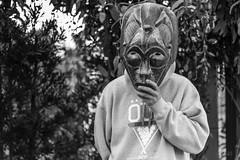 Portrait Vespa (leandronunes21) Tags: portrait white black branco canon mono vespa mask preto dos santos e tod garopaba blanconegro claudino monocromatico vespucio 70d manocromatic canon70d eos70