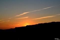 Tri color. (Spectrum-Photograpy) Tags: sun mountains color sol azul negro amarillo pico montaña naranja comor nikonflickrawardgold