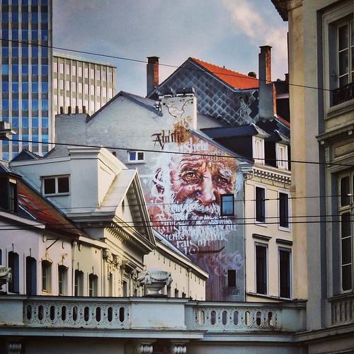@spear_paintings - #BXL #Bruxelles #Belgium #streetart #graffiti #streetartbel #streetart_daily #urbanart
