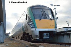 22004 at Newbridge, 7/11/15 (hurricanemk1c) Tags: irish train rail railway trains railways newbridge irishrail rok rotem 2015 icr 22004 iarnród 22000 éireann iarnródéireann 3pce 1530newbridgeheuston