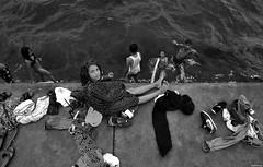 378 - Summer @ Bosphorus (Ata Foto Grup) Tags: white black roma girl beautiful kids swim turkey children fun kid roman trkiye istanbul beyaz bosphorus gypsie yz ocuk boaz elence ingene siyah ocuklar yzmek