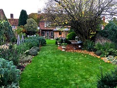 Old Swan House (HerryLawford) Tags: trees garden brian trim hedges osh dibley
