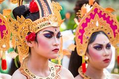 Belles de Bali.....See my albums of Bali (geolis06) Tags: geolis06 bali 2015 asie asia indonésie indonésia denpasar olympusmed75300mmf4867ii olympusomdem5 balinesedance dansebalinaise cérémoniebalinaise balineseceremony olympusm75300mmf4867ii
