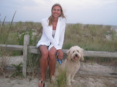 yay-vacation-on-the-beach--milly-is-one-of-lilly-and-chewys-girls-_4899965460_o