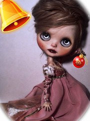 Flickr Advent Group & December Blythe-a-Day#17: Holiday Decorating: Alexandrina