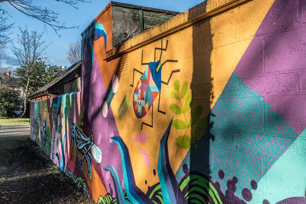 NEW STREET ART AND NEW TEAROOMS [HERBERT PARK DUBLIN]-124057