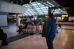 Airport Arrivals Hall (bacon.dumpling) Tags: keflavík iceland airport arrivalhall indoor keflavíkinternationalairport mediumgroupofpeople nikond750 people sigma24mmf14dghsmart tourism travel traveling